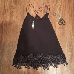 Papermoon strappy back tank NWT